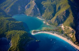 The famous Oludeniz beach, consistantly rated as one of the best in the world.